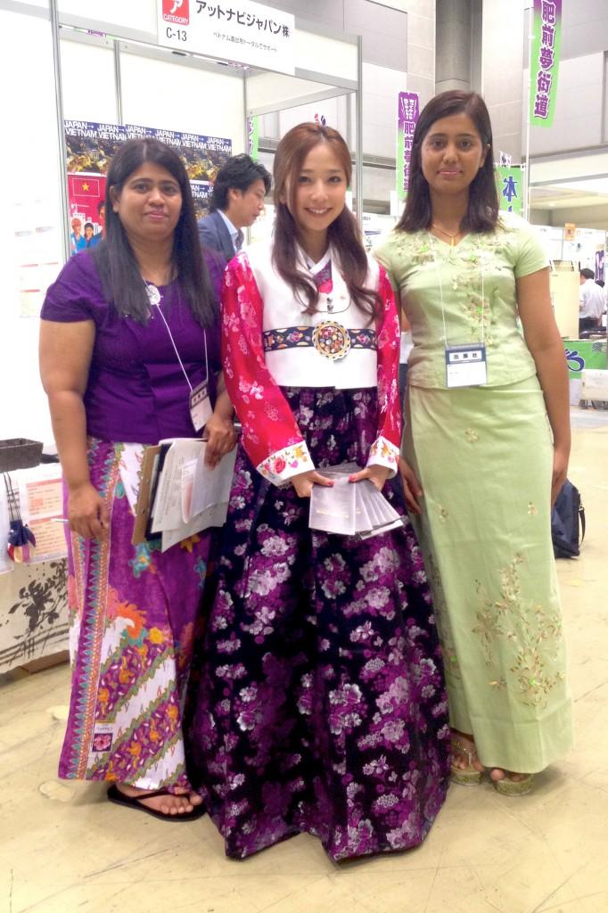 「2013東京ビジネスサミット」ミャンマーブース4_SEDA東京